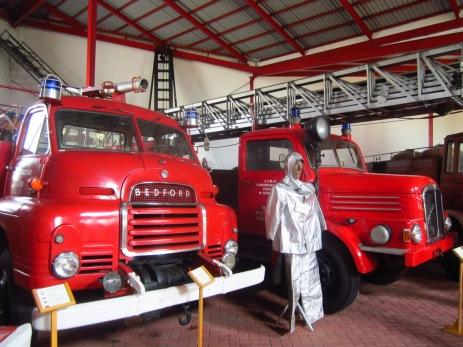 Strażackie wozy sprzed prawie 100 lat