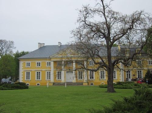 Pałac w Racocie od frontu