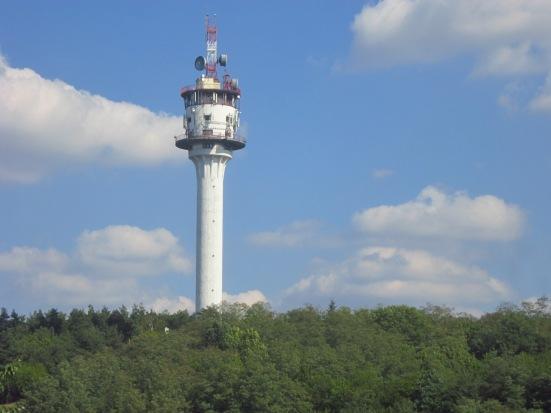 Wieża przekaźnikowa z lat 60. w Żerkowie